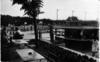 La Ferté-Alais (Seine-et-Oise), piscine, vue du bar. L.F.A photog. Libault imp. [années 1950-1960] - image/jpeg
