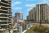 Grigny 2, l'avenue des Sablons et l'église Notre-Dame-de-Toute-Joie.  Estel, [années 1970-1980] - image/jpeg
