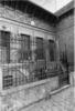 Rue Caron : Façade de Pavillon. Busson, photog. 1984 - image/jpeg