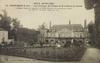 Athis-Mons (S.-et-O.), Cour d'honneur du château de M. le Baron de Courcel  ; Paul Allorge [années 1900-1910] - image/jpeg